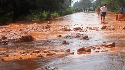 Yên Bái: Vỡ đập nhà máy quặng, bùn thải tràn kín nhà dân