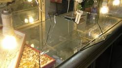 Chủ tiệm vàng khai báo bị trộm 400 lượng vàng trong đêm