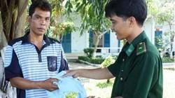 Cà Mau: Cứu sống 2 thuyền viên nước ngoài bị trôi dạt trên biển