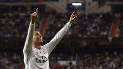 Lập hat-trick, Ronaldo san bằng kỷ lục tại La Liga