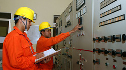 Đáp ứng đủ điện cho năm 2015