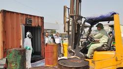 Di chuyển 7.000 lít dầu siêu độc ra khỏi di sản vịnh Hạ Long