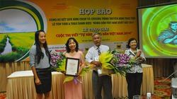 """Tôn vinh 63 """"Nông dân Việt Nam xuất sắc 2014"""" và trao giải cuộc thi viết """"Tự hào nông dân Việt Nam 2014"""""""