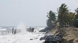 Biển xâm thực ở Quảng Nam: Khách sạn ven biển lo âu