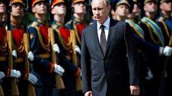 """Cận vệ Tổng thống Putin dùng những vũ khí """"khủng"""" nào?"""