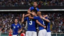 """Vòng loại Euro 2016: Hà Lan, Italia nhọc nhằn """"bỏ túi"""" 3 điểm"""