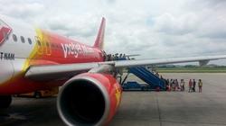 Nữ hành khách rượt đuổi, hành hung nhân viên hàng không tại sân bay Nội Bài