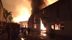 Hà Nội:  Đêm cuối tuần hai vụ cháy cực lớn