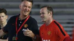 """Van Gaal """"dằn mặt"""" Rooney"""