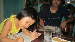 """Kinh ngạc """"thần đồng"""" xứ Thanh mới 2 tuổi đã biết đọc, 3 tuổi biết làm toán"""