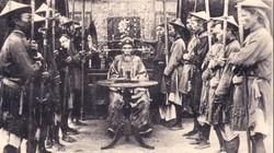 Trừng trị quan tham dưới triều vua Minh Mạng