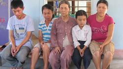 Nỗi đau tột cùng của gia đình có 7 người con điên