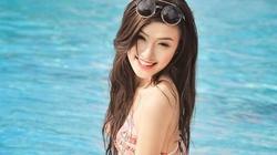 Nữ sinh xinh đẹp trường Báo diện bikini, khoe đường cong hút mắt