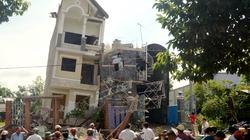 Bình Dương: Nhà 4 tầng bất ngờ đổ sập, hàng chục người hút chết