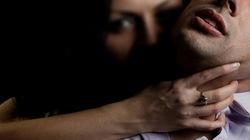 Khốn khổ chàng trai bị hai phụ nữ khát tình cưỡng bức nhiều giờ