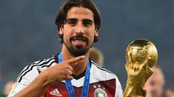Khedira đồng ý giảm lương để rời Real