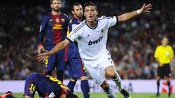 Ronaldo và duyên nợ với Barcelona