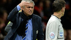 Chelsea bị cầm hòa, Mourinho đổ lỗi trọng tài