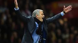 Bị M.U cầm hòa, Mourinho chỉ trích trọng tài