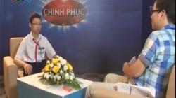 """Clip: Kinh ngạc xem """"thần đồng"""" Việt giải toán chính xác và siêu nhanh"""