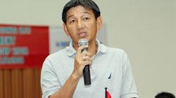 HLV Phan Công Thìn lý giải chuyện Thái Sung... xách nước, bơm bóng