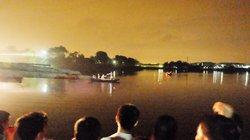 Hà Nội: Bơi ra hồ vớt bóng, nam sinh viên đuối nước tử vong