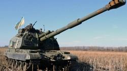 Cận cảnh pháo thủ Ukraine giương cao nòng sẵn sàng chiến đấu
