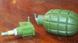 Lựu đạn phát nổ khiến 2 cháu bé nguy kịch là loại dùng... diễn tập