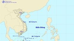 Vùng áp thấp tiếp tục gây thời tiết xấu trên Biển Đông