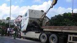 Hơn 5 giờ mới tiếp cận được thi thể 2 người chết kẹt trong cabin xe đầu kéo