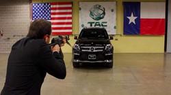 Clip: siêu xe Mercedes vô hiệu hóa loạt đạn AK-47 ấn tượng