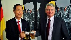 Dòng bia đặc biệt mừng 40 năm quan hệ Việt Nam-Đức