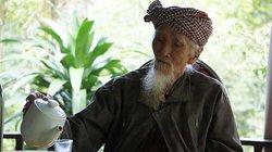 Lương y 101 tuổi tầm dược cứu người trên đỉnh Thiên Cấm Sơn