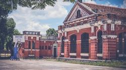 Sững người trước vẻ đẹp ngôi trường hơn 100 năm tuổi nổi tiếng xứ Huế