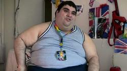Chàng béo 200 kg khuấy đảo cuộc thi sắc đẹp đồng tính