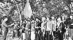"""Chiến thắng Phai Khắt, Nà Ngần - """"Ngôi sao sáng soi tỏ lối quân đi"""""""