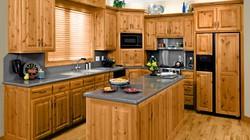 MẸO HAY: Sắp xếp ngăn tủ dưới bồn rửa bát
