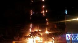 Hà Nội: Nhà 5 tầng bốc cháy ngùn ngụt trên đường Kim Mã