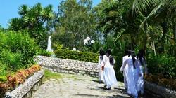 Mẹ Maria và mộ Hàn Mặc Tử