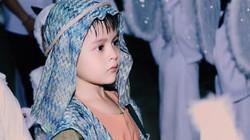 Con trai Thanh Thúy hóa mục đồng đáng yêu trong lễ Giáng Sinh
