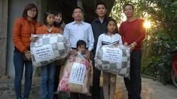 Trao 350 suất quà cho trẻ em dân tộc Cao Lan