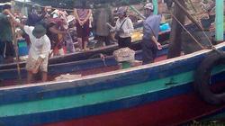 Nổ lớn khi dọn dẹp tàu, 6 người bỏng nặng