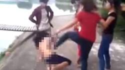 Người tung clip đánh thiếu nữ không mặc áo có thể bị xử lý hình sự