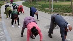 Clip tập thể dục như... động vật ở Trung Quốc