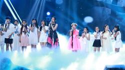 """Team """"Giang Hồ"""" chào tạm biệt đầy xúc động tại The Voice Kids"""