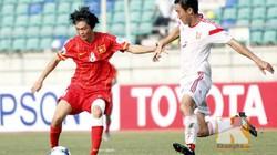 """Clip: Tuấn Anh """"quần"""" U19 Trung Quốc tơi tả"""