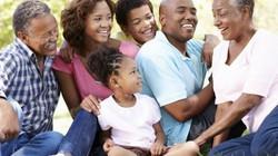 5 cách yêu thương làm cha mẹ hạnh phúc hơn