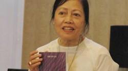 Giáo sư Thái Kim Lan: Sống cởi mở giữa vườn tượng Phật