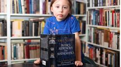 Clip thần đồng 5 tuổi có thể đọc được suy nghĩ của mẹ