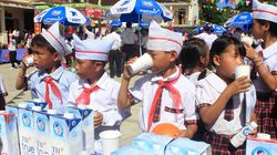 Khó kiểm soát chất lượng sữa học đường